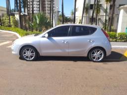 Título do anúncio: Hyundai i30 2010 aceito troca e faço financia