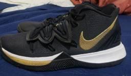Tenis Nike Kyrie 5
