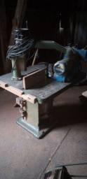 Máquinas para indústria moveleira