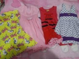 Vestidos tamanho 3 a 4 anos