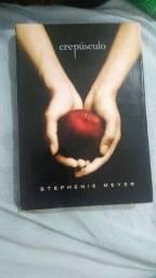 """Livro """"Crepúsculo"""""""