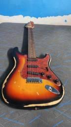 Guitarra antiga