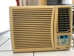 Ar condicionado LG de janela 7.500 btus