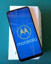 Troco Motorola g8 impecável com 2 anos de garantia!!!