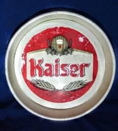 Bandeja antiga da Kaiser e placa Antártica