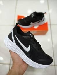 Tênis Nike Zoom Evolution