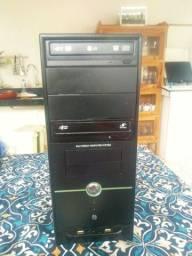 Computador core 2 Quad e8400