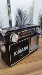 Rádio Portátil AM/FM/USB (Entrega Domiciliar Grátis)
