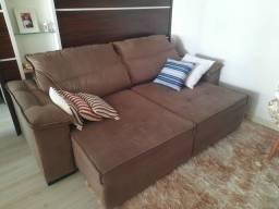 Sofá novo.