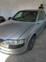Vectra GLS 2.2 ano 99