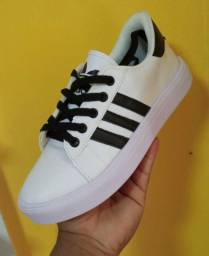 Vendo sapatênis Adidas e tênis Asics ( 110 com entrega)