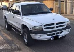Título do anúncio: Dodge Dakota 5.2 V8 Automático 2000/2001 Muito Nova