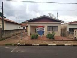 Casa com 2 dormitórios à venda, 112 m² por R$ 430.000 - Centro - Artur Nogueira/SP