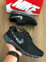 Nike chuviscado