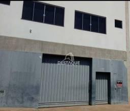 Título do anúncio: Barracão, 300 m² - venda por R$ 750.000,00 ou aluguel por R$ 3.000,00/mês - Vila Formosa -