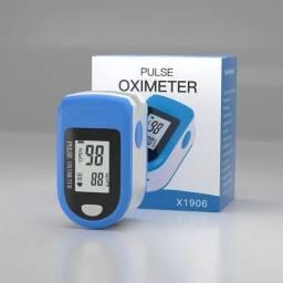 Oxímetro de Dedo O2 SpO2 com Sensor de Pulsação/Oxigênio no Sangue.