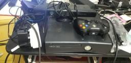 Vendo ou troco Xbox 360 completo com 1 controle Kinect