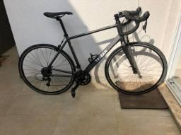Bicicleta speed Triban - Menos de 100km rodados (Aceito troca)