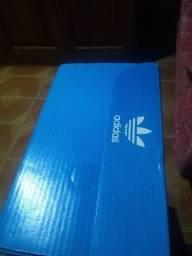 Vendo um tênis Adidas Rosa 37
