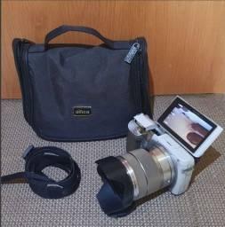 Câmera Sony NEX-F3 (Profissional Miroless)