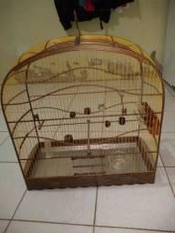Vendo gaiola feita de tucum ,e bem conservada