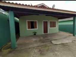 Casa Com Amplo Quintal em Fortaleza
