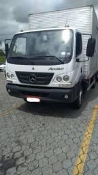 Mercedes Benz Accelo 815