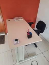 Jogo de Mesa e Cadeira Computador