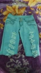 Vendo 2 calças jeans feminina número 38 50 reais zapp *