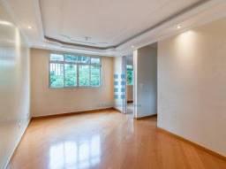 Apartamento com três quartos no Residencial Parque Verde no CIC