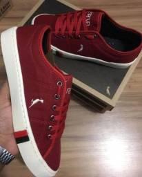 Tênis lennon shoes..