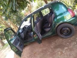 Vendo outro troco Clio 2001