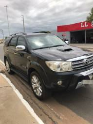 Toyota sw4 3.0 diesel 4x4  7 lugares  2011