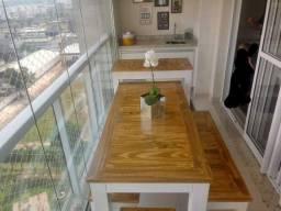Kit mesa de madeira 2bancos e 1 aparador