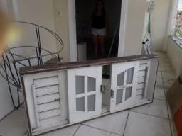 """Vendo janela, 300$ """"PREÇO  NEGOCIAVEL"""""""