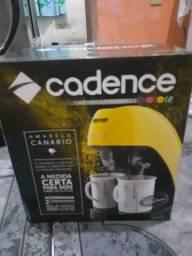 Cafeteira Cadence Nova