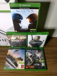 Xbox One S 500gb + 6 jogos e 2 controles!