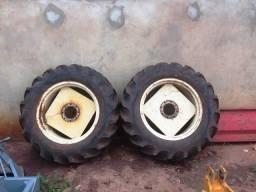 Pneu com roda para trator, 12.4/11-28 - Nova Andradina - MS