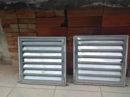 Portas pqnas de alumínio 47 x 47 cm
