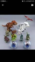Dez dinossauros e duas girosfera