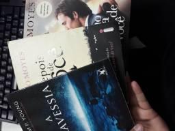 Três livros maravilhoso por apenas 25 reais