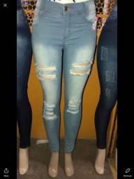 Roupas jeans no atacado