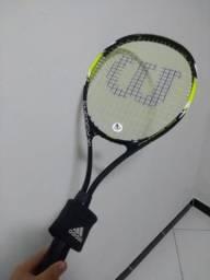 Raquete tênis e munhequeira