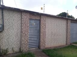 Loco casa 3-4 em Castanhal toda no porcelanato por 1.100,00 reais mensais