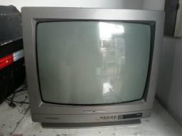 Tv em bom estado ela so não vem com entrada de video
