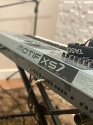 Motif Xs7