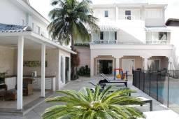 Casa para alugar na Barra da Tijuca, são 6 Quartos, 6 Suítes e 4 Vagas