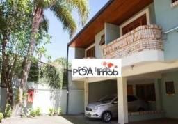 Casa com 03 dormitórios no bairro Ipanema