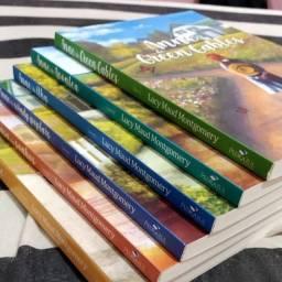 """Vendo Livros """"Anne de Green Gables"""" (Novos)"""