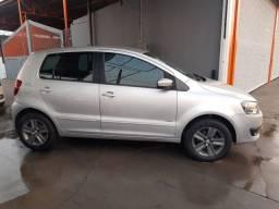 VW Fox 1.0 Completo-Financiamos-2013